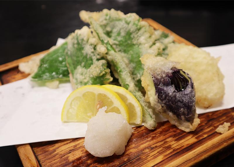 季節の野菜の天ぷら